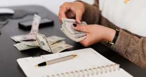 6 Ways to Minimize the Cost of Your Auto Loan