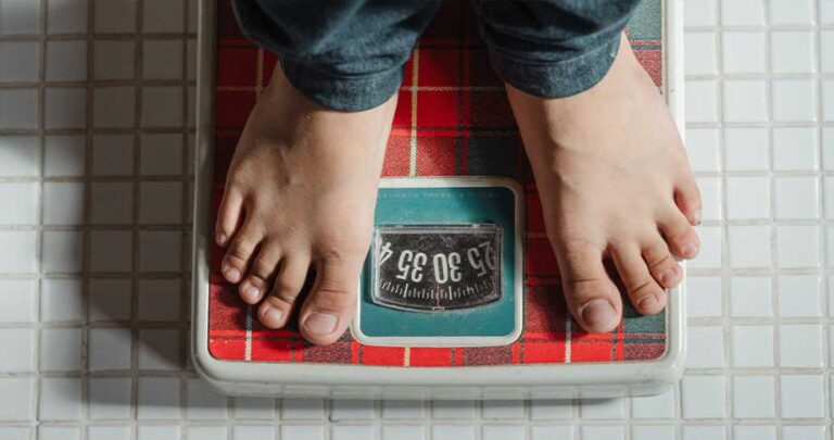 What You Need to Know About Serotonin and Weight Loss